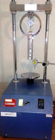 گزارش کار مکانیک خاک آزمایش فشاری ساده (تک محوری) پاورپوینت