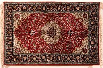 پاورپوینت کامل و جامع با عنوان بررسی قالی یا فرش ایرانی، انواع، طرح ها و ویژگی های فرش ایرانی در 86 اسلاید