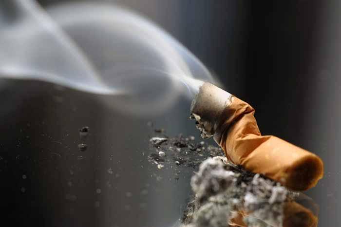 دانلود پاورپوینت عوارض دخانیات