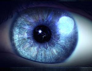 تغییر رنگ چشم آبی (29روزه دائمی)